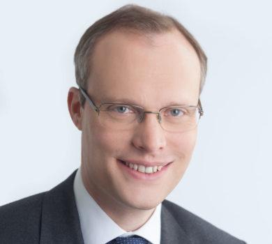 Porträtfoto von Dr. Alexander Biach