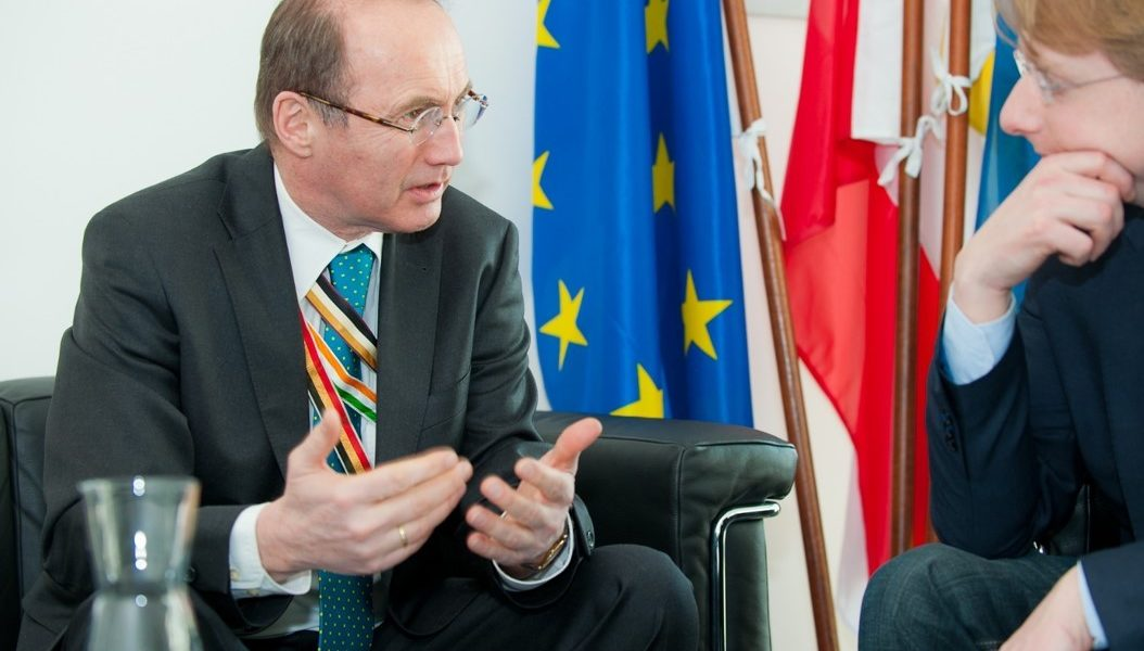 MKVer Karas wird Vizepräsident des Europäischen Parlaments